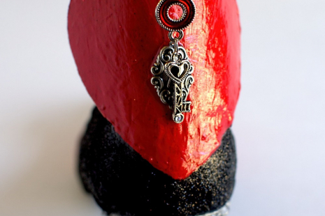 Art Shoe In Black And Red