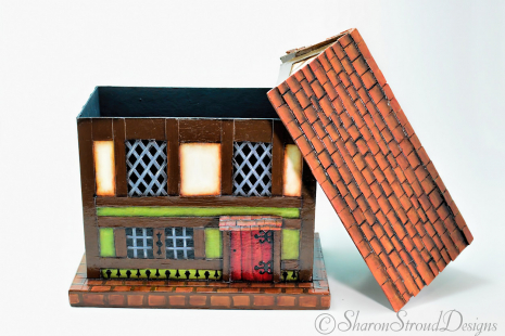Old Bavarian House Box - Open