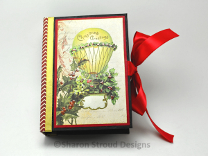 Vintage Christmas 5x7 Mini Scrapbook Album